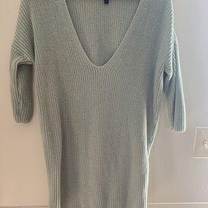 Express Greige 3/4 Sleeve Tunic Sweater